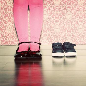 Perhatikan Materi Sepatu Anak