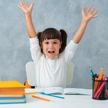 Gizi dan Stimulasi, Pondasi Prestasi Anak