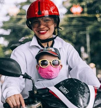 Hati-hati, Ini Bahaya Ibu Hamil Naik Sepeda Motor