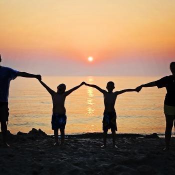Kurikulum Keluarga Ala Najeela Shihab: Kunci Anak Bahagia dan Cerdas