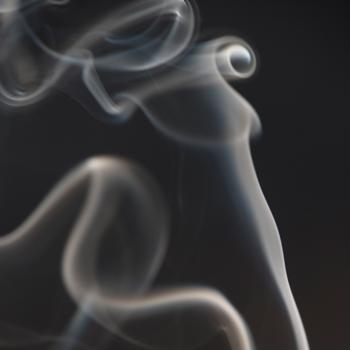 Ini Bahaya Asap Rokok Bagi Ibu Hamil dan Janin dalam Kandungan