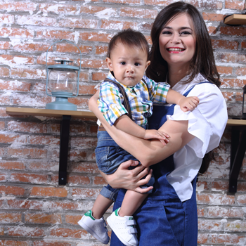 Smart Shopping ala Bunda Selebriti