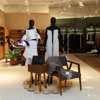 Belanja Produk Fashion Lokal Berkualitas di Suasana yang Homey