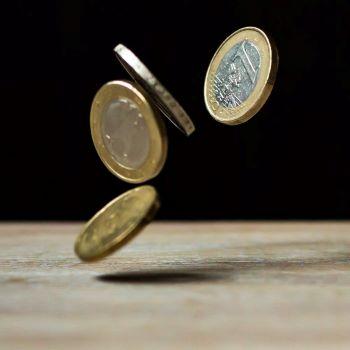 8 Indikasi Masalah Keuangan dalam Pernikahan